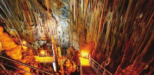 Σπηλαίου της Καστανιάς
